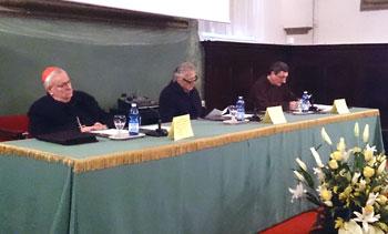 Da sinistra: il card. Bassetti, Moneta e padre Pawlik