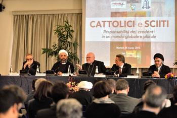 """Il tavolo del convegno della Sant'Egidio su """"Cattolici e Sciiti"""""""