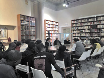 Al tavolo da sinistra: Patrizia China, Abdel Qader, Elio Bromuri