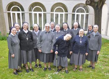 Piccole Ancelle del sacro Cuore della Comunità di casa madre