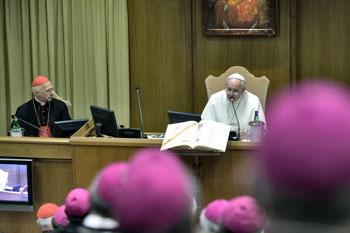 Papa Francesco apre l'Assemblea generale della Cei
