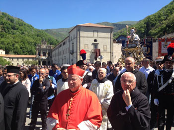 bassetti-processione-santuario-san-francesco-di-paola