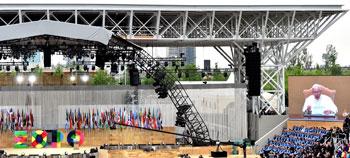 Un momento del messaggio di papa Francesco durante l'inaugurazione di Expo 2015 a Milano