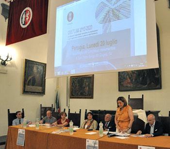 Il tavolo dei relatori durante l'incontro della conferenza regionale della cultura