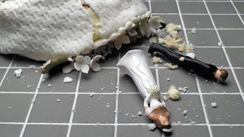 divorzio-torta-caduta