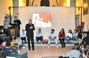 L'intervento del Vescovo durante la veglia dei giovani per la festa di san Francesco