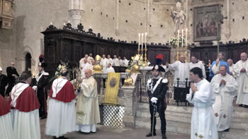 Un momento della celebrazione per la festa di San Fortunato a Todi