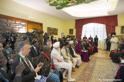 Papa Francesco all'incontro interreligioso e ecumenico a Nairobi