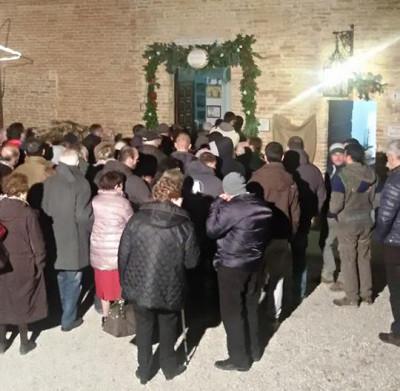 """L'apertura della """"Porta santa"""" del santuario della Madonna dei bagni, a Deruta"""