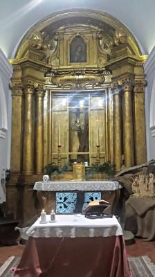 L'interno del santuario della Madonna dei Bagni di Casalina