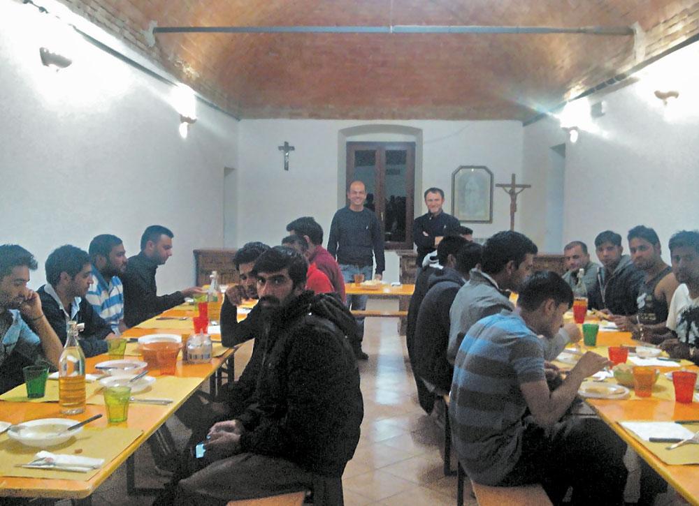 I giovani pachistani accolti nella casa del Prugneto