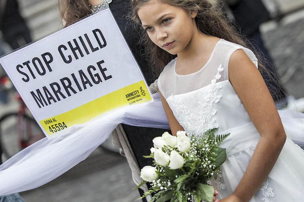 La campagna di Amnesty international di denuncia della prassi delle dpose - bambine