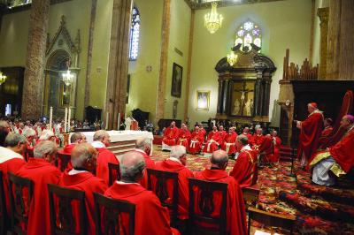 La celebrazione in cattedrale per il 50° di ordinazione presbiterale del cardinale Bassetti (29/06/2016)