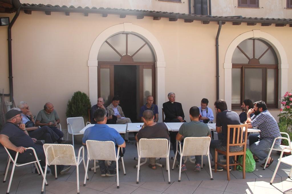 Mons. Boccardo con i direttori delle Caritas dell'Umbria