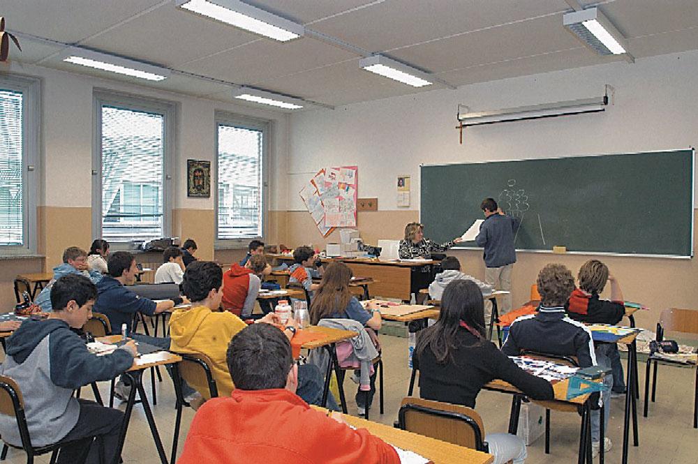 scuola-media-cmyk