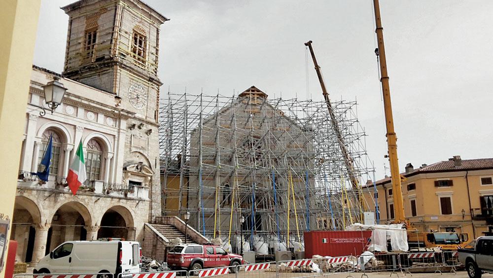 Basilica-San-Benedetto-terremoto-Cmyk