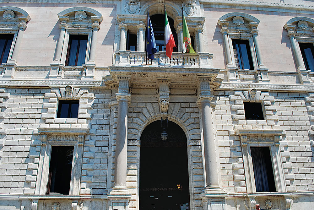 Regione-Umbria-Palazzo-Cesaroni-Foto-ACS-CVMYK-Ufficio-Stampa-Consiglio-regionale-Umbria-Imc