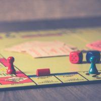 emergenza sanitaria. Monipoli gioco da tavola
