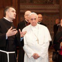 Padre Mauro Gambetti con Papa Francesco