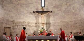 Mons. Sorrentino celebra la santa messa nel santuario della Spogliazione