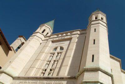 La facciata della basilica di Santa Rita a Cascia