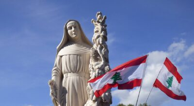 La statua di Sanata Rita realizzazta con il marmo bianco del Libano