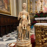La stutua della Madonna di Uselle esposta nerlla cattedrale di Città di Castello