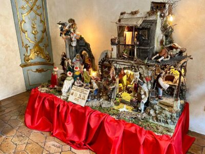 Il presepe donato a palazzo Donini e