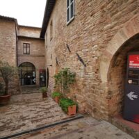 L'ingresso del Museo della memoria di Assisi