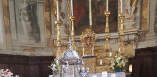 Il reliquiario contenente la santa Spina
