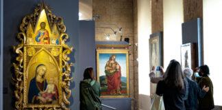 Una sala del Museo dell'Opera del Duomo con alcune opere