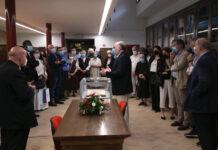 Il vescovo Sorrentino e i presenti all'inaugurazione del nuovo Polo culturale di San Rufino