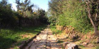 Un tratto del selciato dell'antica via Amerina