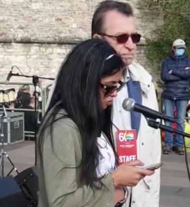 Zakia Seddiki alla Marcia per la pace Perugia Assisi 2021
